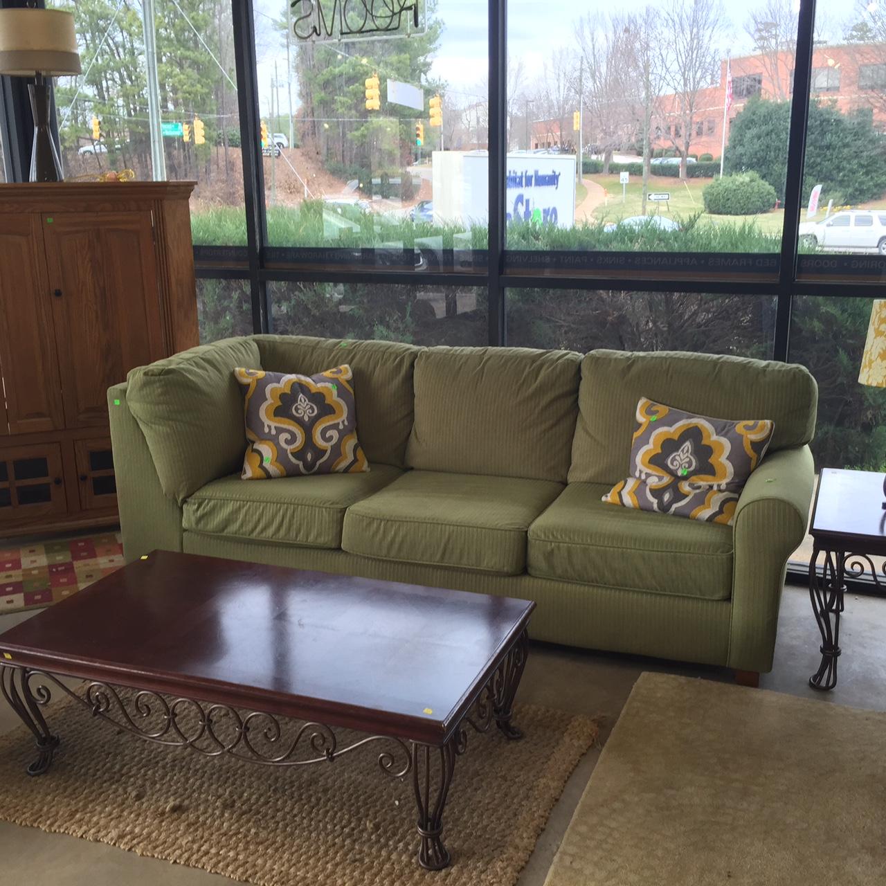 Pantone\'s Color Of The Year: Restore Style | Habitat Wake ReStores